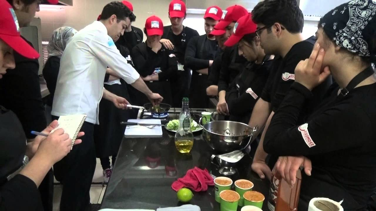 Mengen II. Ulusal Aşçılık Kampı Lise eğitimleri ile  devam ediyor