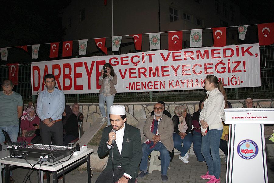 """İlçemizde """"15 Temmuz Şehitlerini Anma,Demokrasi ve Milli Beraberlik Günü """" Yıldönümü Çeşitli Etkinliklerle Kutlandı"""