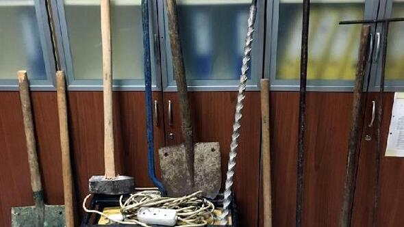Merngen'de kaçak kazı operasyonu: 4 gözaltı