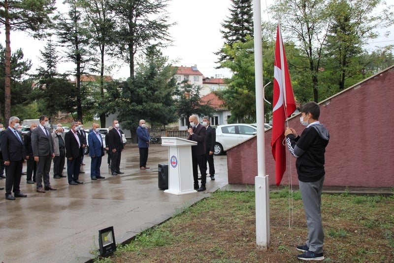 19 Ekim Muhtarlar Günü, düzenlenen törenle kutlandı.